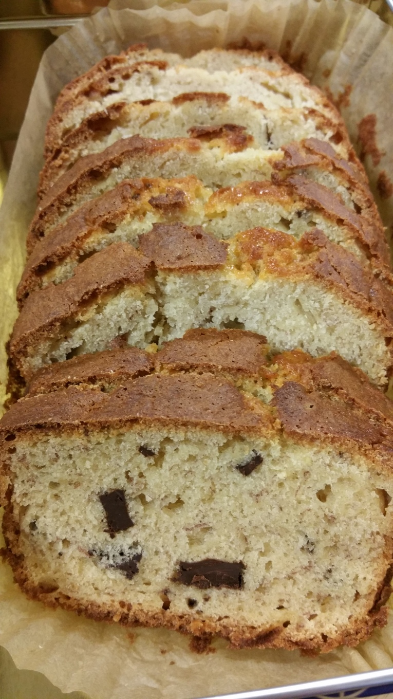 Banana loaf with Lindt Chocolate